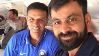 Mohammed Hafeez shares photo with Rahul Dravid; Twitterati welcomes it with open arms