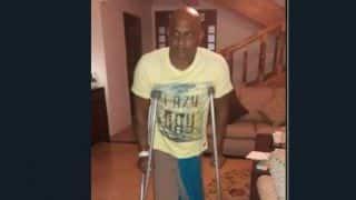Sanath Jayasuriya unable to walk without crutches; to undergo knee surgery