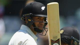 NZ lead by 259 runs vs ZIM at lunch on Day 3