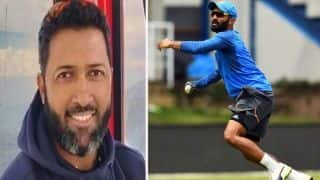 icc wtc final day 1 dinesh karthik and wasim jaffer have fun at twiiter over southampton weather