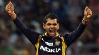 Sunil Narine becomes third bowler to complete 300 T20 wickets