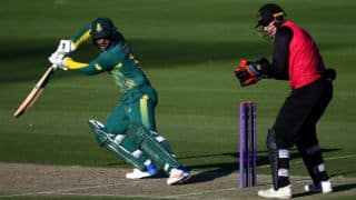 Quinton de Kock's 104 steers South Africa to win over Sussex
