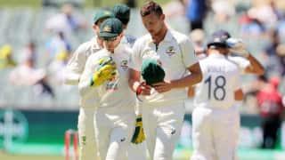 महज डेढ़ घंटे ही बल्लेबाजी कर पाई विराट की सेना,  एक टेस्ट पारी में बनाया भारतीय इतिहास का सबसे छोटा स्कोर