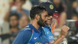 Karthik admits to not being good enough in presence of Dhoni