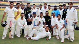 Live Cricket Score, Ranji Trophy 2014-15, Round 6, Day 1