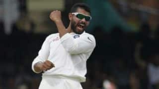 रविंद्र जडेजा और कुलदीप यादव की बेहतरीन गेंदबाजी के आगे भरभराई श्रीलंकाई पारी