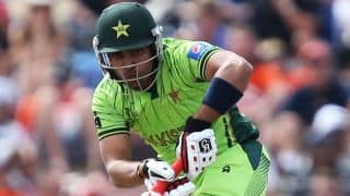Pak vs Zim: Shoaib Maqsood dismissed for 21 by Tawanda Mupariwa