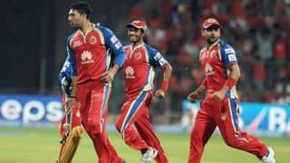 Suresh Raina dismissed by Yuvraj Singh for Royal Challngers Bangalore against Chennai Super Kings in IPL 2014