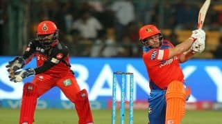 Royal Challengers Bangalore (RCB) vs Gujarat Lions (GL), IPL 2017, match 31: Ravi Shastri misfire tracer bullet and other highlights