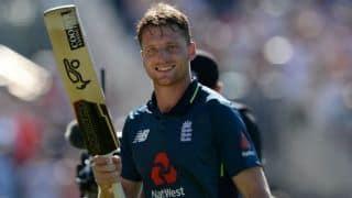 बटलर बोले- श्रीलंका के खिलाफ 'दावेदार' के तमगे से खुश है इंग्लैंड