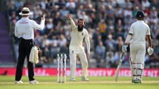 गॉल टेस्ट: इंग्लैंड ने श्रीलंका को 211 रन से रौंदा, सीरीज में 1-0 की बनाई बढ़त