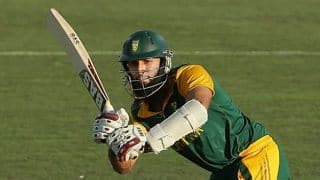 South Africa vs West Indies 2014-15, 2nd ODI at Johannesburg: South Africa 25/0 after 5 overs