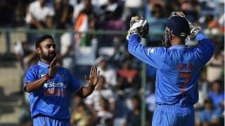 Jimmy Neesham, Tim Southee dismissed by Amit Mishra in 5th ODI vs India
