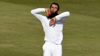 MS Dhoni falls to Moeen Ali to expose India's tail against England in 4th Test against England at Old Trafford