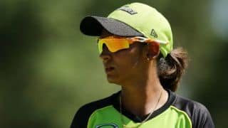 Harmanpreet Kaur fails with bat against Melbourne Renegades