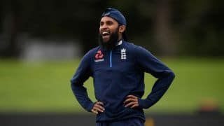 Adil Rashid signs one-year deal with Yorkshire, for all formats