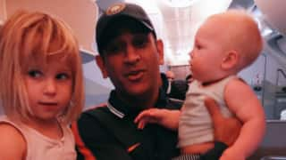 Jonty Rhodes and family returns to South Africa with MS Dhoni; shares a cute picture