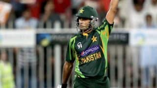 Hafeez's ton helps Pakistan seal series