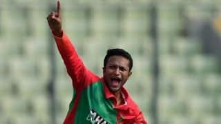 Bangladesh enjoy late surge amid predictable lows