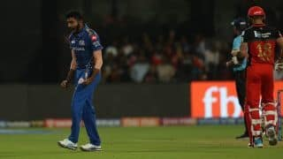 VIDEO: Mumbai Indians edge RCB after no-ball drama