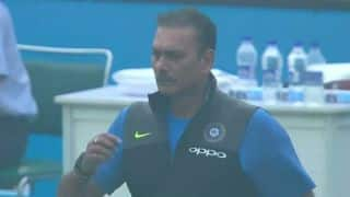 India vs Sri Lanka, 3rd Test: Ravi Shastri walks out to the field to protest interruptions due to 'poor air quality'