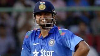 Suresh Raina and Virat Kohli add quick runs in final overs