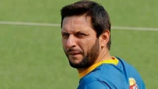 "Shahid Afridi to visit LoC to ""express solidarity with Kashmiri brethren"""