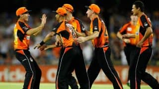 Live Cricket Score Dolphins vs Perth Scorchers CLT20 2014: Mitchell Marsh hits 2 sixes in last 2 balls to seal sensational win for Scorchers
