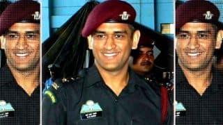 सिर्फ महेंद्र सिंह धोनी ही नहीं, ये भारतीय क्रिकेटर भी जुड़े हैं सेना के साथ