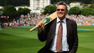 Martin Crowe rejects chemotherapy for cancer treatment