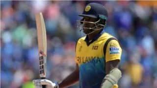 मैथ्यूज और मेंडिस का अर्धशतक, श्रीलंका ने बांग्लादेश के सामने रखा 295 रन का लक्ष्य
