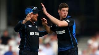Mitchell Santner joins Matt Henry in signing with Worcestershire