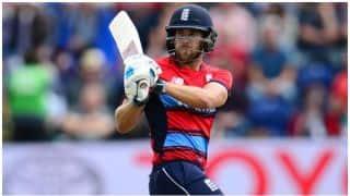 इंग्लैंड के बल्लेबाज डेविड मलान ने अपने पहले ही मैच में खेली रिकॉर्डतोड़ पारी