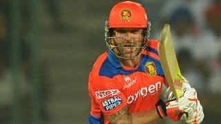 गुजरात लायंस ने मुंबई इंडियंस को दिया 177 रनों का लक्ष्य