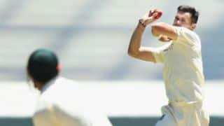Anderson removes Warner at the stroke of tea, Australia trail England by 250