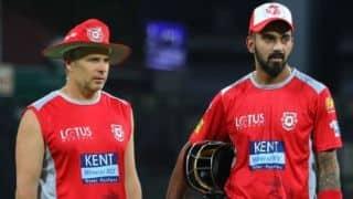पंजाब की टीम गेल-राहुल पर निर्भर लेकिन कोच की चिंता कुछ और