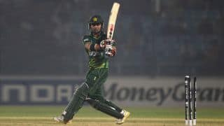 Pakistan in trouble against New Zealand as Ahmed Shehzad departs for 28