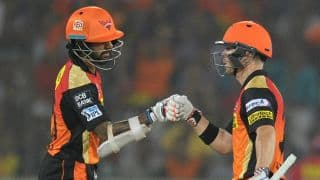 Dhawan-Warner 1st opening pair to add 1,500 runs in IPL