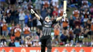 Colin Munro first to 3 T20I centuries