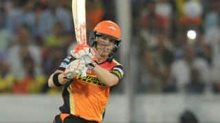 VIDEO: David Warner hits helicopter shot against RCB in IPL 2016