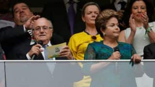 Brazil President Dilma Rousseff encourages team after draw with Mexico in FIFA World Cup 2014