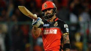 Finch to Kohli: Stop embarrassing other batsmen