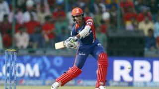 Quinton de Kock, Shreyas Iyer fall early during Delhi Daredevils vs Kolkata Knight Riders, IPL 2016 at Delhi