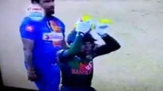 बांग्लादेश के इस खिलाड़ी ने श्रीलंका के खिलाफ जीत के बाद इस तरह किया नागिन डांस देखें वीडियो