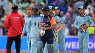 India should not look at MS Dhoni to win games: Sanjay Manjrekar
