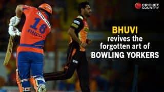 Bhuvneshwar Kumar swings back to basics in IPL 2016