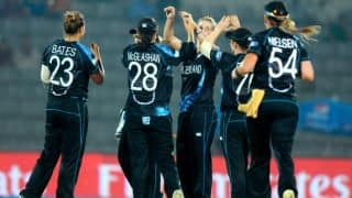 Sophie Devine, Leigh Kasperek take 3-wicket hauls as New Zealand bowl out South Africa for 99 in Women's T20 World Cup 2016