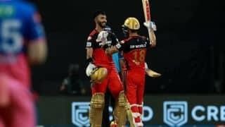 IPL 2021: RCB की जीत के बाद Devdutt Padikkal की तारीफ में बोले Virat Kohli- भविष्य का खिलाड़ी