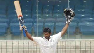 Karnataka, Maharashtra share honours on Day 1 of Ranji Trophy 2013-14 final