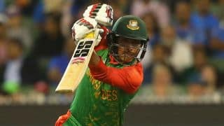 Sarkar dismissed by Junaid during BAN-PAK 2015 2nd ODI at Mirpur